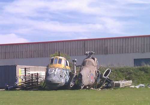 Dead and decaying helicopters